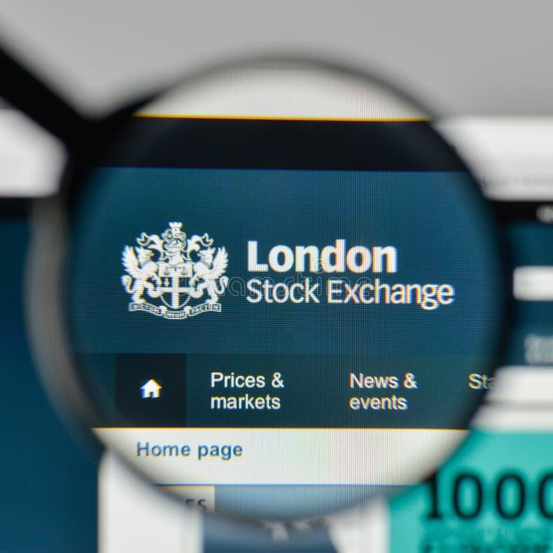 Milan Italien - November 1, 2017: London materielExchenge logo på t arkivfoton