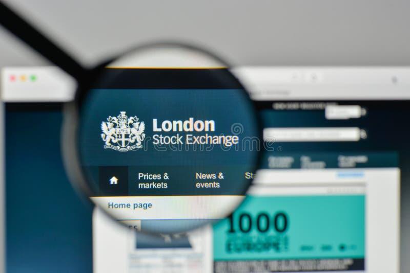Milan Italien - November 1, 2017: London materielExchenge logo på t arkivbild