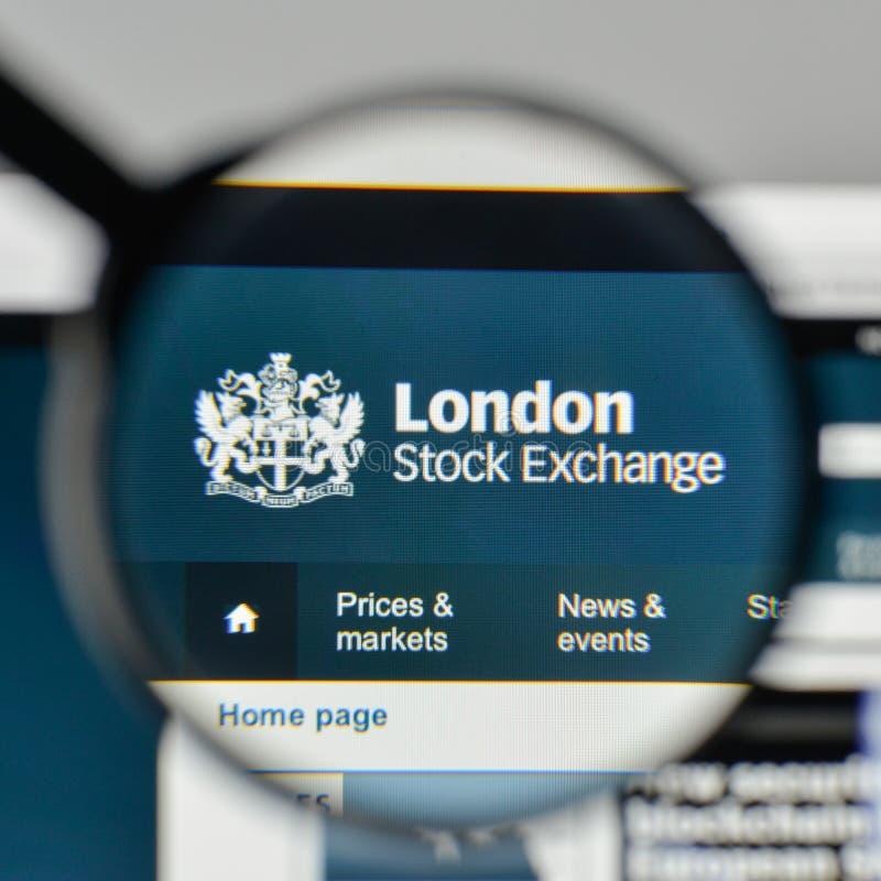 Milan Italien - November 1, 2017: London materielExchenge logo på t royaltyfria foton