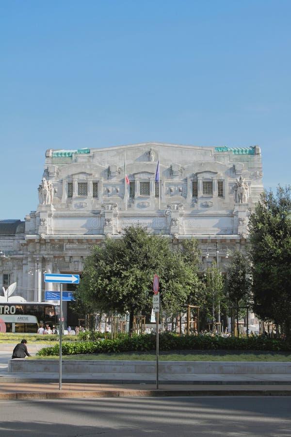 Milan Italien - September 26, 2018: Central järnvägsstation arkivfoton