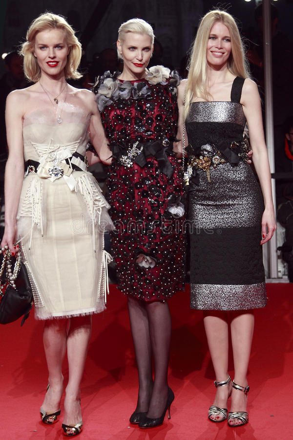 Free MILAN, ITALY - MARCH 02: Eva Herzigova, Nadja Auermann And Claudia Schiffer Attend The Extreme Beauty In Vogue Party At The Royalty Free Stock Photography - 30068917