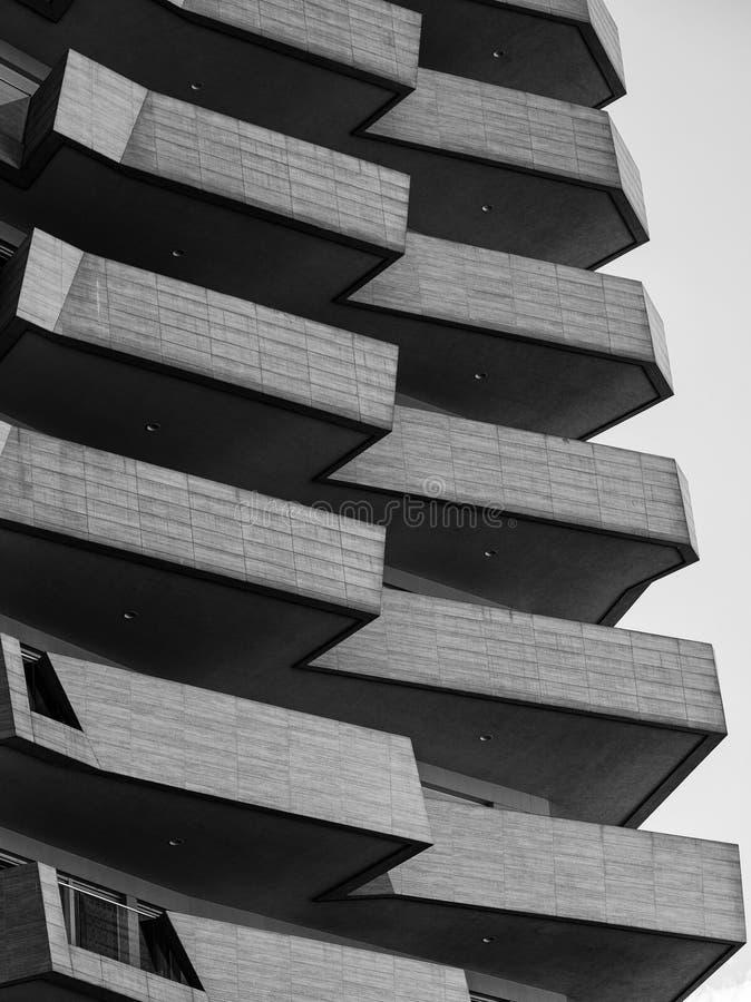 Milan Italy: moderna bostads- byggnader på Citylife arkivbilder