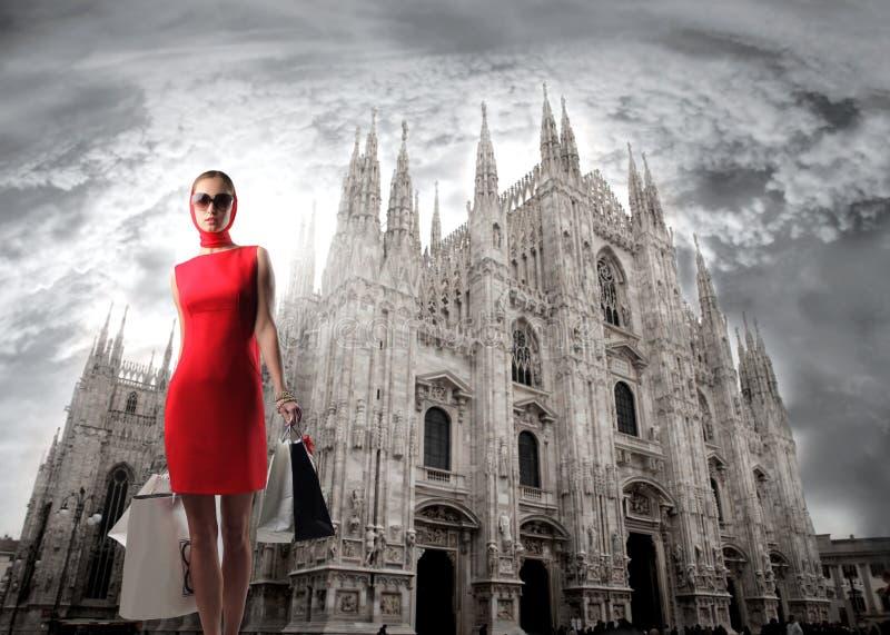 milan shopping royaltyfri foto