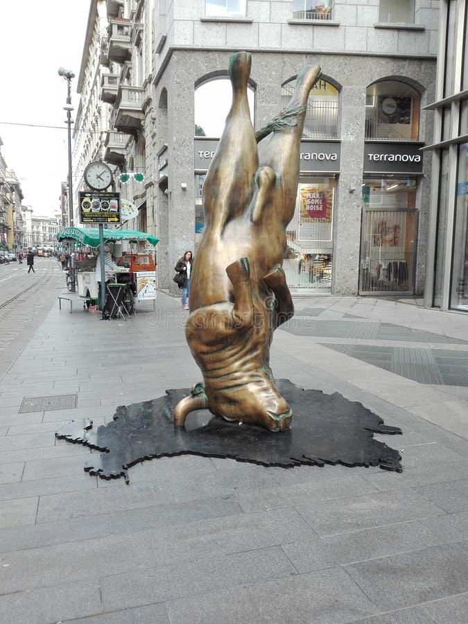 Milan tjur fotografering för bildbyråer