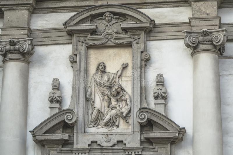 Milano, detalles de San Giuseppe Church imagen de archivo