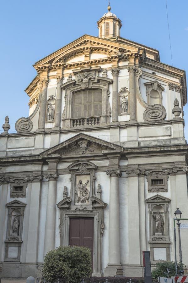 Milano, detalles de San Giuseppe Church fotos de archivo