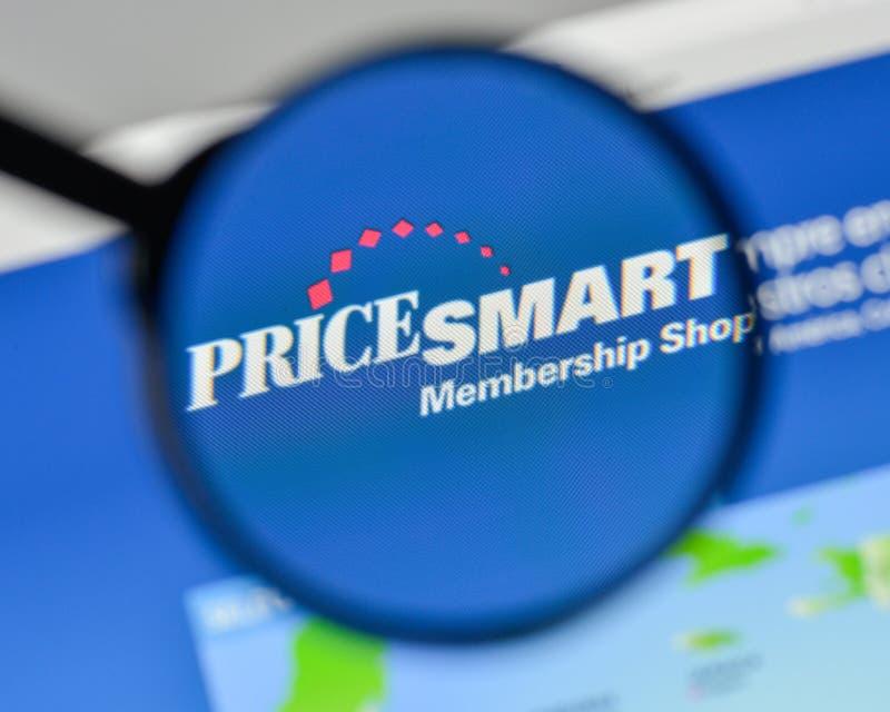 Milano, Italia - 1° novembre 2017: Logo astuto di prezzi sul sito Web immagini stock libere da diritti