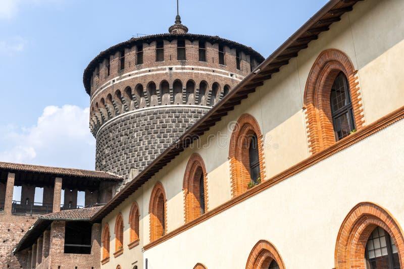 Milano (Italia) - Castello Sforzesco fotografia stock libera da diritti