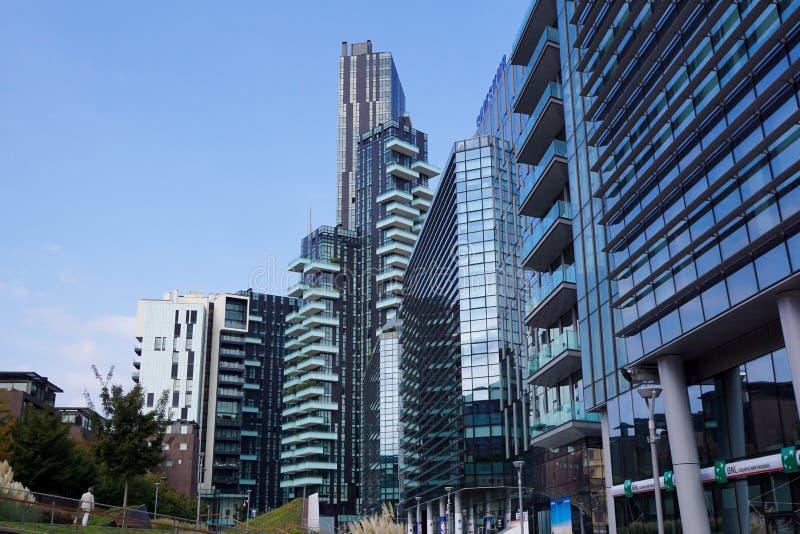 Milano Italia, el 10 de agosto de 2017: Distrito de Samsung del horizonte, Milano Porta Nuova - Italia foto de archivo libre de regalías