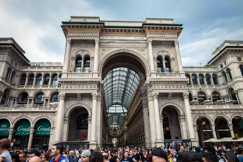 MILANO, ITALIA - 8 GIUGNO 2016: Vista della galleria Vittorio Emanuele fotografia stock libera da diritti