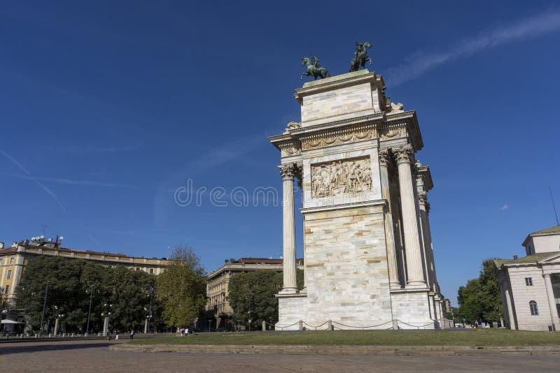Milano, Italia: Passo di della di Arco fotografia stock libera da diritti