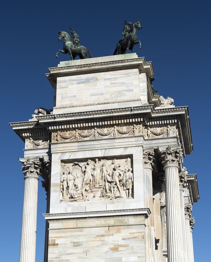 Milano (Italia): Passo di della di Arco fotografie stock