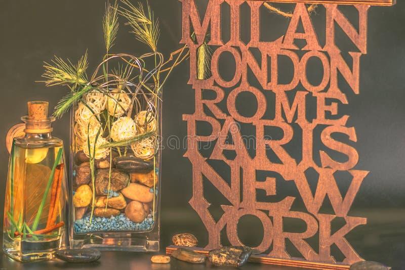 Milano-Londra-Roma-Parigi-nuovo vaso di York con le pietre immagini stock libere da diritti