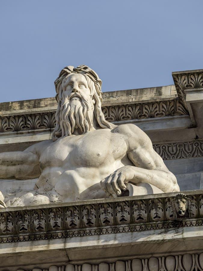 Milano: Passo di della di Arco immagini stock libere da diritti