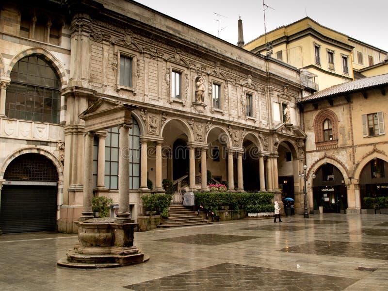 Milano, plaza Mercanti foto de archivo