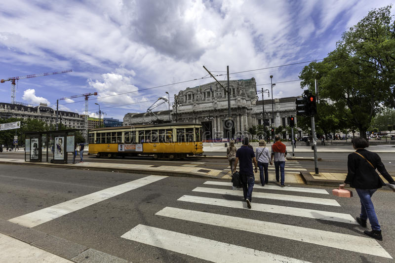 Milano, treno della stazione centrale fotografia stock libera da diritti