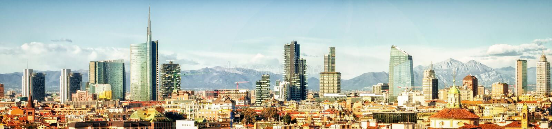 Milano (Włochy), linia horyzontu panoramiczny kolaż obraz royalty free