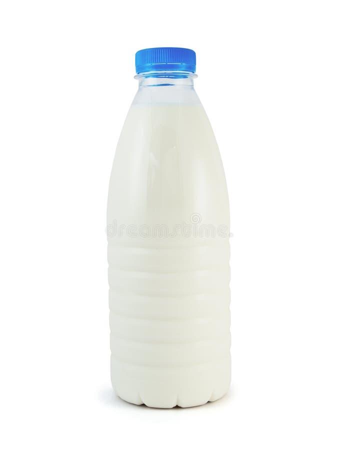 Milch in der Plastikflasche lizenzfreies stockfoto