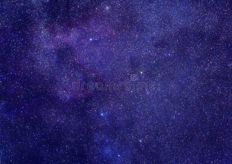 Milchstraße in der Cassiopeiakonstellation lizenzfreie stockfotografie