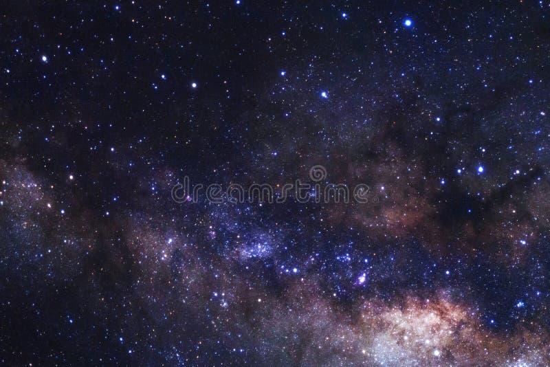 Milchstraßegalaxie mit Sternen und Raum wischen im Universum ab stockfotos