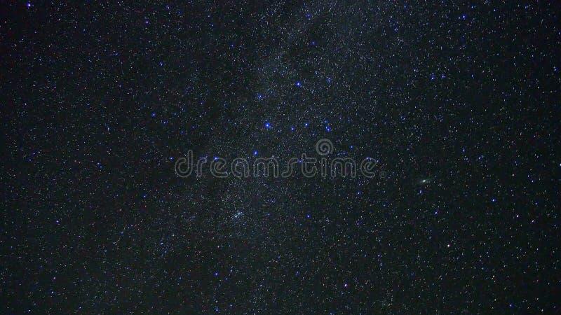 Milchstraßesterne und Andomeda-Galaxie lizenzfreie stockfotografie