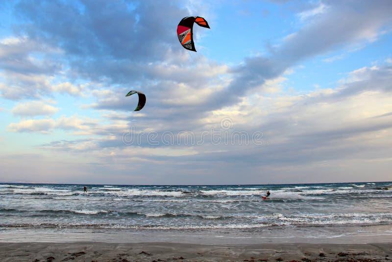 Mile Beach, Limassol, Chipre de señora fotografía de archivo