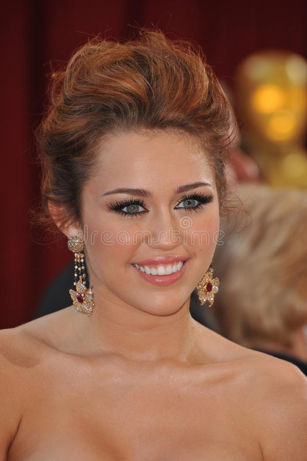 Download Miley Cyrus redaktionelles stockfotografie. Bild von angeles - 26360562