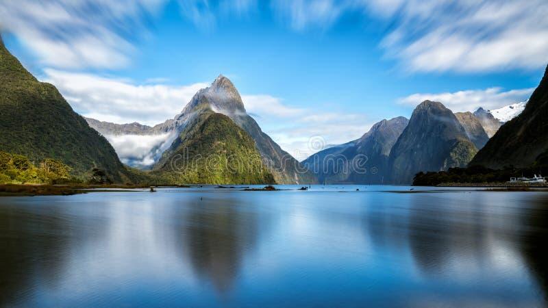 Milford Sound в Новой Зеландии стоковая фотография