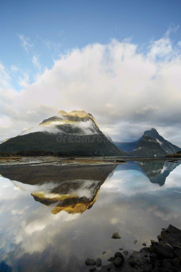 Milford Sound espectacular imagenes de archivo