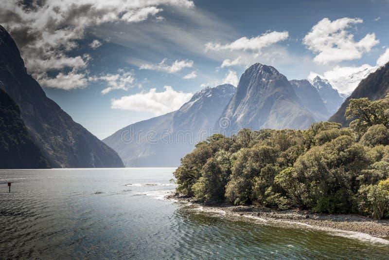 Milford Sound, Fiordland, Nouvelle-Zélande image libre de droits