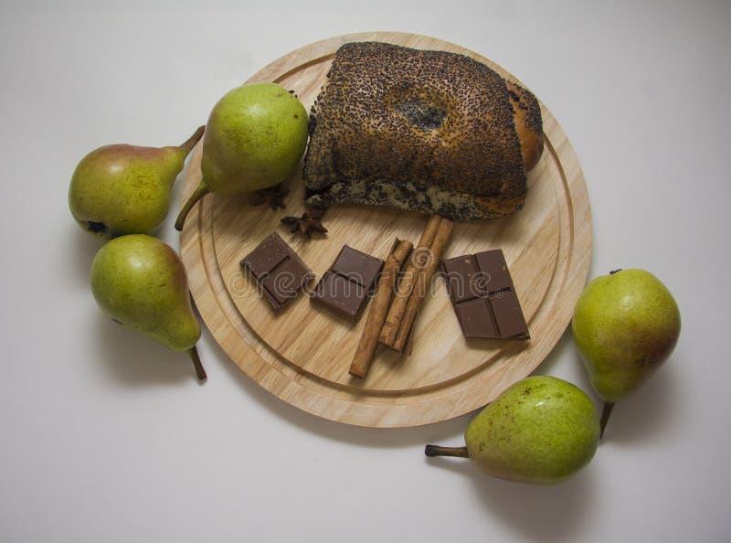 Milhojas y peras de la amapola fotografía de archivo