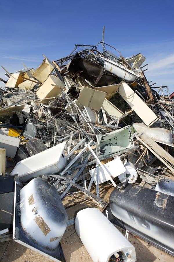 Milieu van de het schroot het kringloop ecologische fabriek van het metaal stock foto