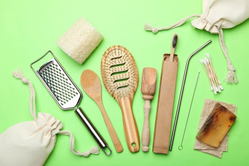 Milieuvriendelijke hulpmiddelen voor persoonlijke hygiëne en onafhankelijkheid royalty-vrije stock fotografie