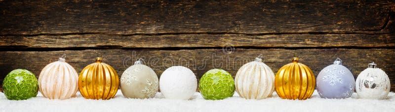 Milieux de Noël, décoration de Noël avec des boules images libres de droits