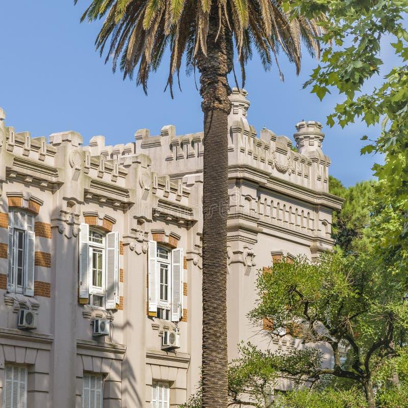 Militär byggnad för gammal stil, Montevideo, Uruguay arkivfoto