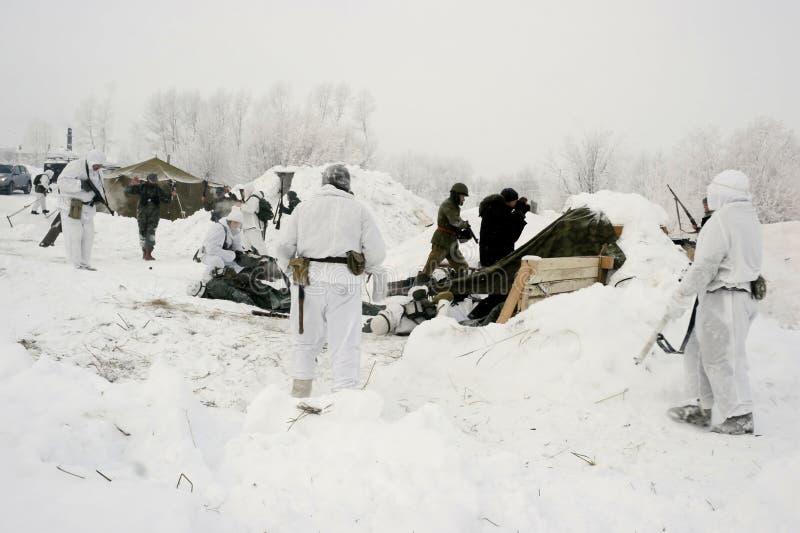 Militär-historische Rekonstruktion 'der Durchbruch der Blockade von Leningrad im Bereich des Nevskaya Dubrovka 'war gehaltenes i lizenzfreies stockbild