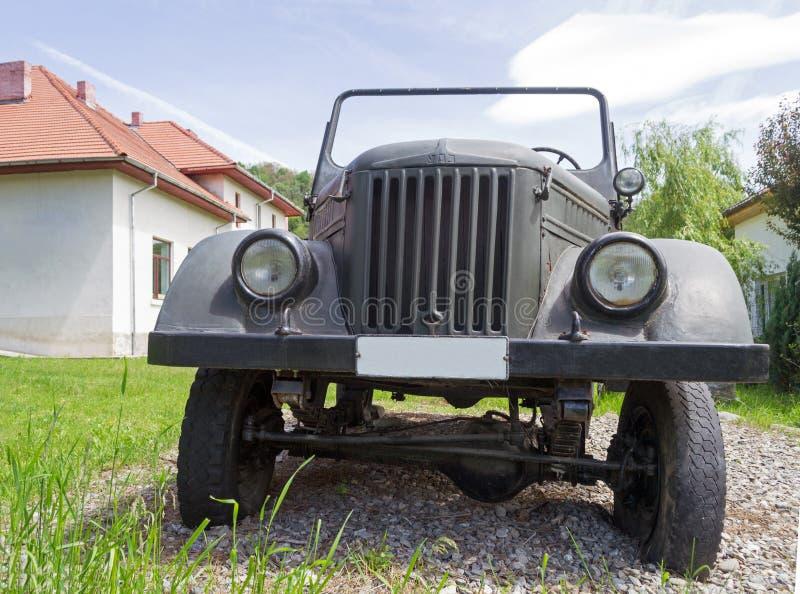 Militär historisk bil för ARO-IMS M461 4x4 royaltyfria foton