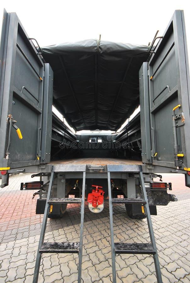 Militär-LKW-Rückseite stockfoto