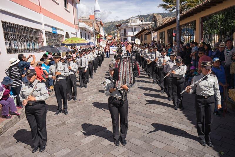 Militärblaskapelle in Ecuador stockbilder