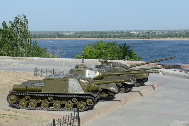 Militärische Ausrüstung während des zweiten Weltkriegs auf der Ufergegend der Stadt am Museums-Kampf von Stalingrad lizenzfreies stockbild