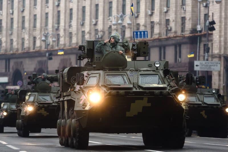 Militärparade in Kiew lizenzfreie stockbilder