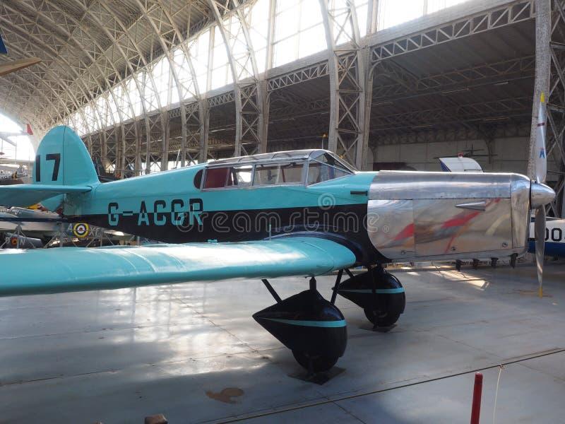 Militärstützenflugzeug Brüssel Belgien der antiken Weinlese lizenzfreie stockfotos