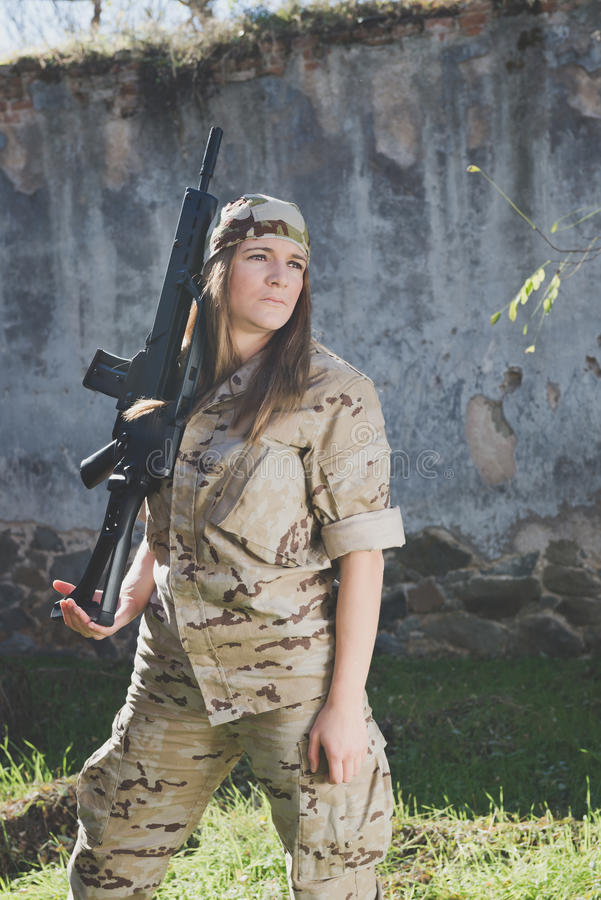Militair meisje stock fotografie