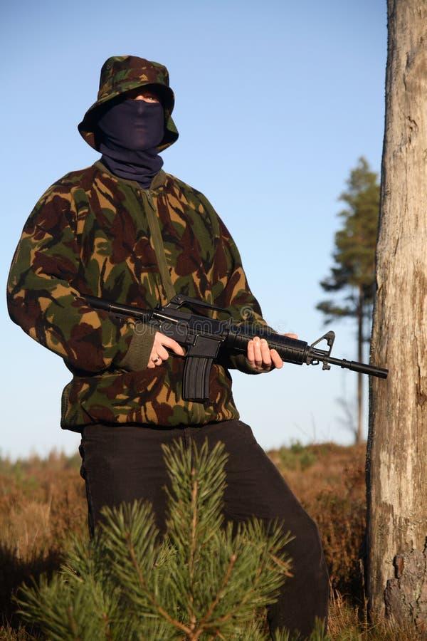 Militair met Camouflage (tribune royalty-vrije stock foto