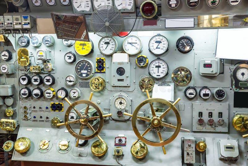Militair schipcontrolebord met maten royalty-vrije stock fotografie