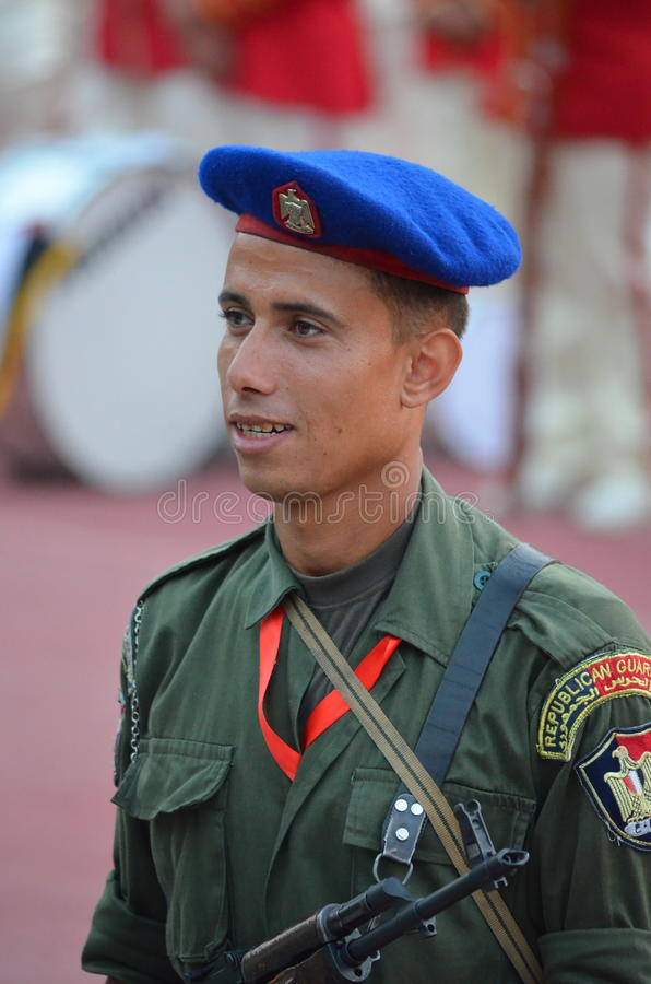 Militair van de Egyptische Wacht van de Republiek in het stadion van Kaïro stock foto