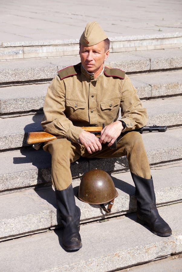Militair van Rood Leger in de vorm van tijden van Wereldoorlog II stock fotografie