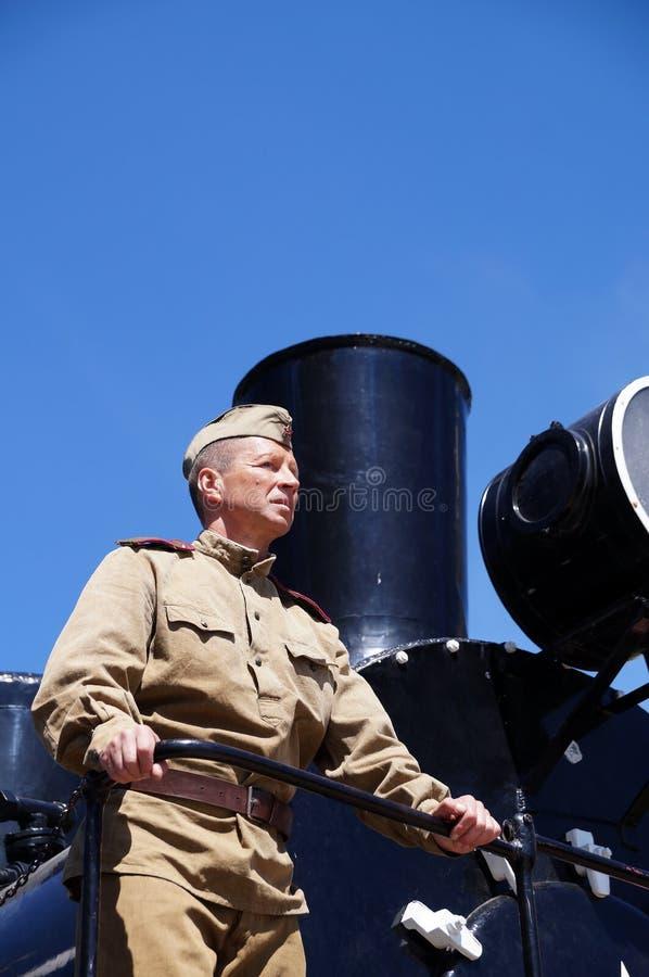 Militair van Rood Leger in de vorm van tijden van Wereldoorlog II bij royalty-vrije stock fotografie