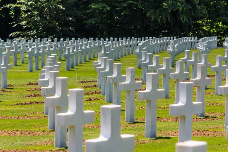Militaire begraafplaats stock fotografie