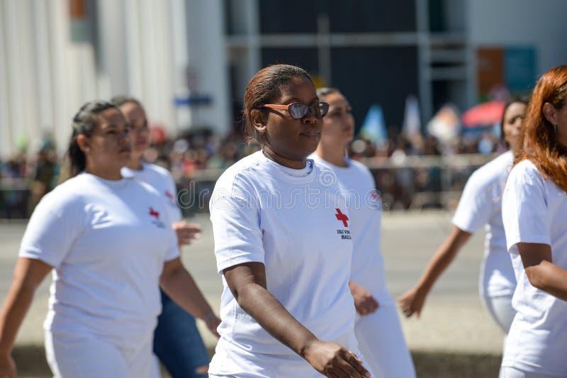 militaire burgerparade die de onafhankelijkheid van Brazilië vieren stock foto's